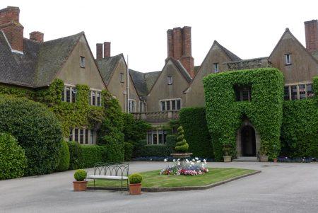 Mallory Court - Elan Spa