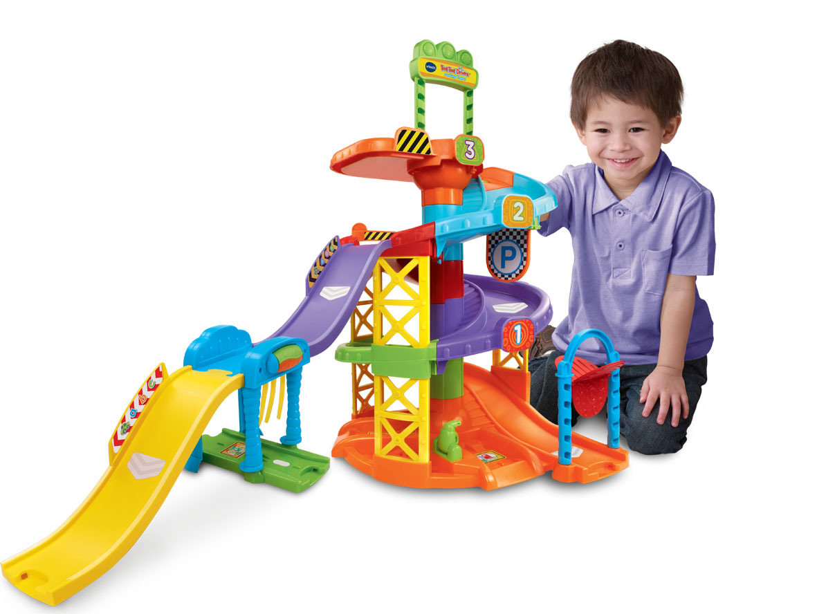 V Tech Garage : Vtech toot toot drivers parking tower take it from mummy