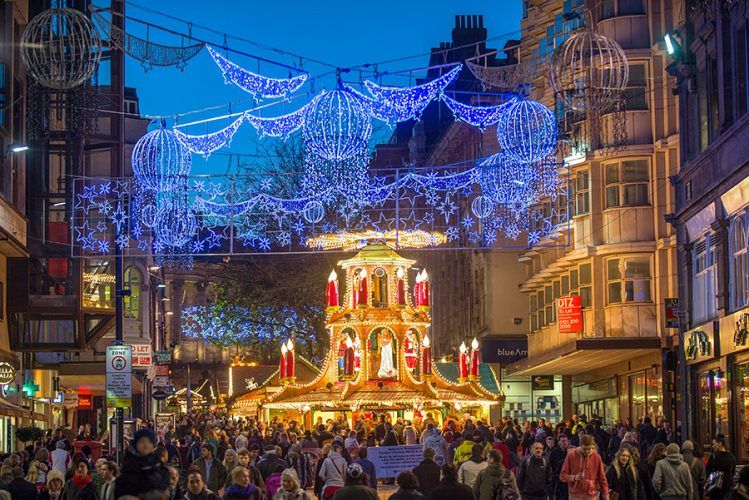 Birmingham Christmas Lights.What S On In Warwickshire Christmas 2018 Take It From Mummy